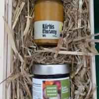Geschenkkorb - Kürbischutney und Zwiebelmarmelade
